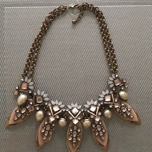 Necklace with jewels  new